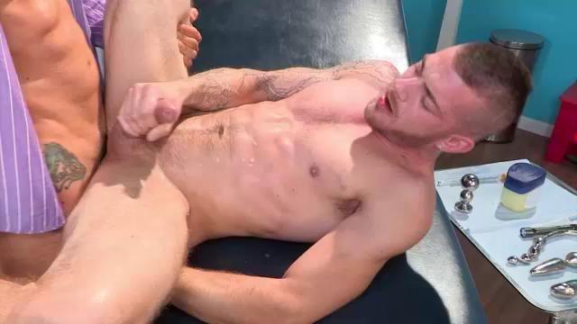 free naked gay boys