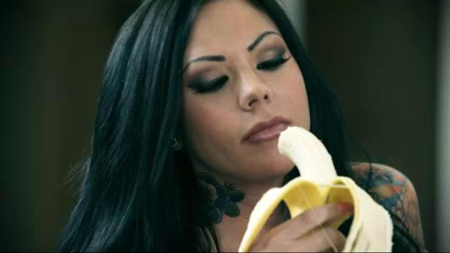 Stoya Devours A Big Banana, starring Mason Moore, produced by Digital Playground. Video Categories: Big Tits and Big Dick.