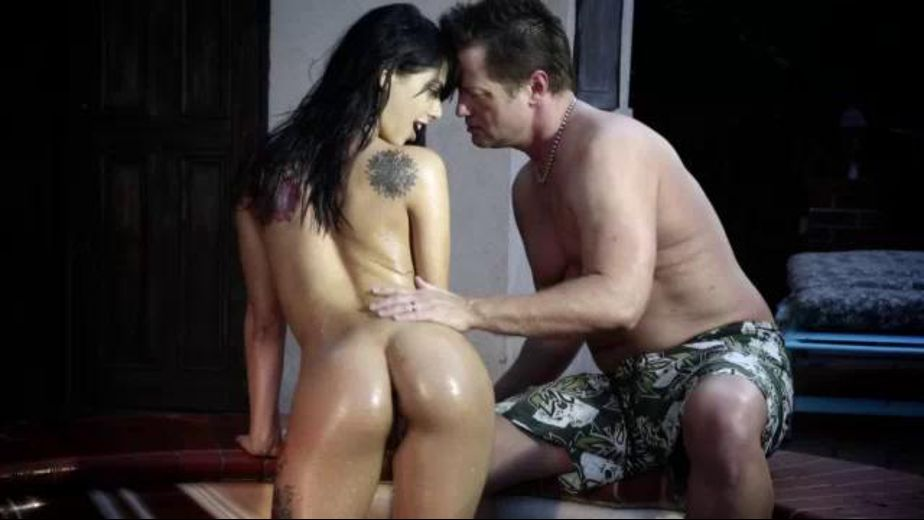Gina Valentine Gets Oiled, starring Eric Masterson and Gina Valentina, produced by Wicked Pictures. Video Categories: Fetish.