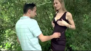 Kelly Doll Loves Sex Outdoors.
