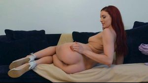 Jayden Cole Loves To Talk Guys Off.