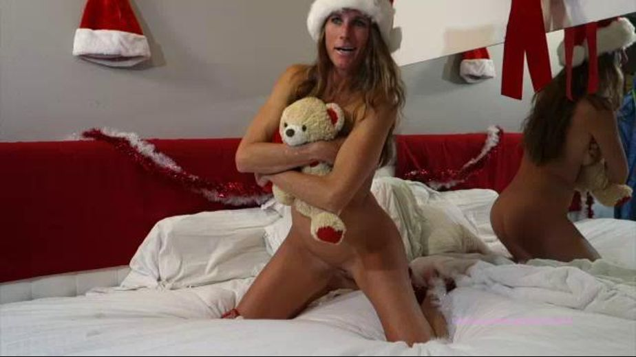 Lucky Stuffed Bear Has A Great Holiday, starring Sofie Marie, produced by YummyGirl. Video Categories: Amateur, Small Tits and Gonzo.