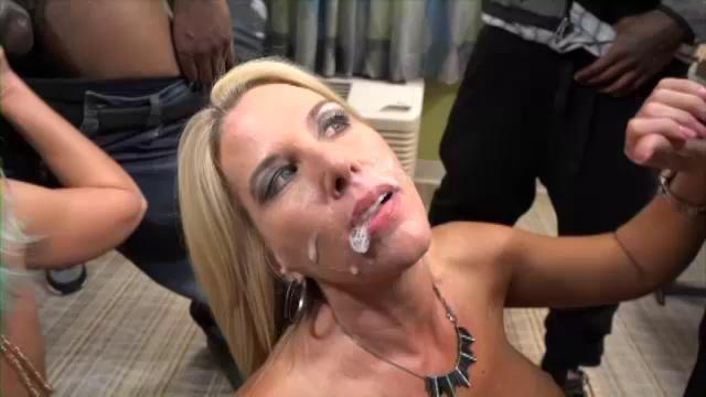 Порно видео naughty alysha