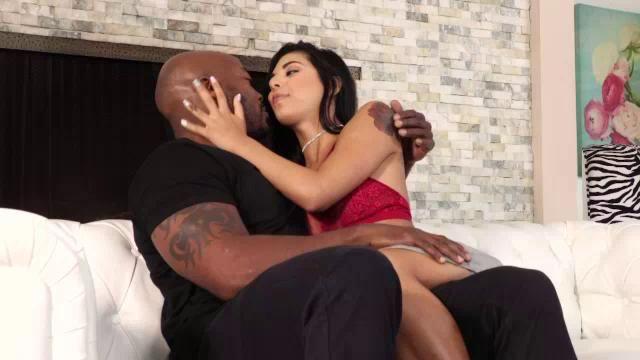 Free interracial jail porn