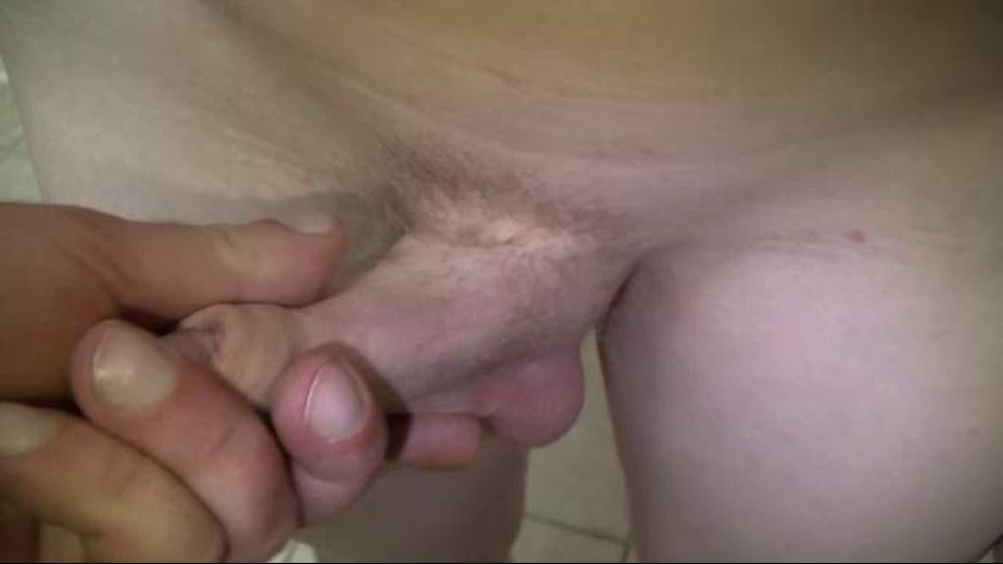 Robbie Aspen Has Found A Tiny Dick, starring Robby Aspen, produced by Boys Halfway House. Video Categories: College Guys and Bareback.