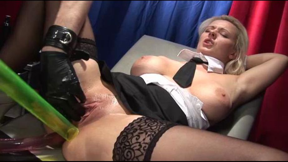 A Bong For Her Greedy Pussy, starring Taranee Devil and Tommy Oster, produced by Inflagranti Film Berlin. Video Categories: Fetish and Anal.