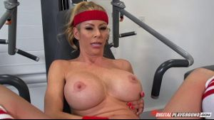 Alexis Fawx Is A Gym Rat.