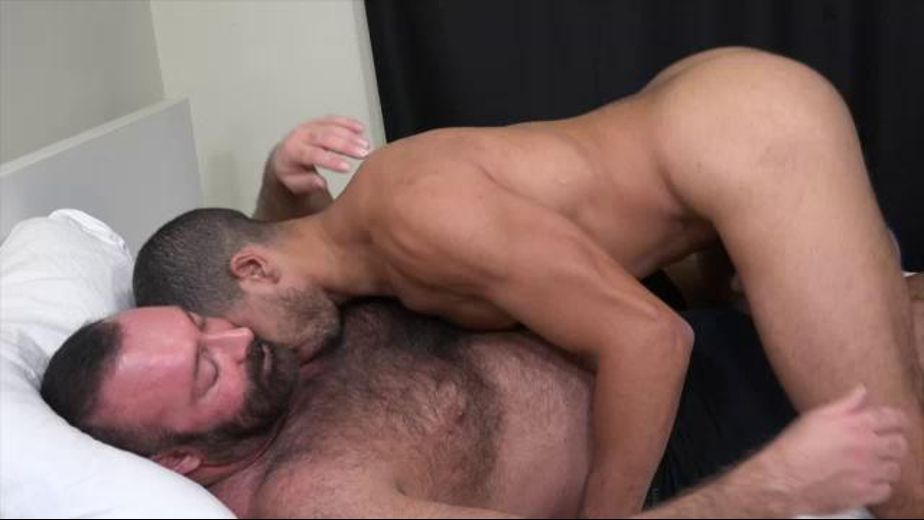 Mike Maverick Gets Tore Up, starring Brad Kalvo and Mike Maverick, produced by Brad Kalvo Presents. Video Categories: Muscles and Bareback.