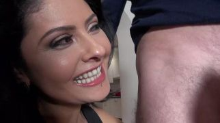 Special Cougars Best Of - Scene 2