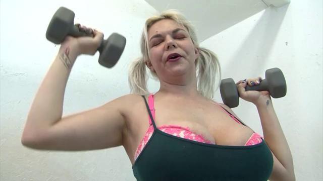 Women sexy muscle girls