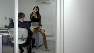 Clea, Private Banker - Scene 2