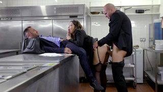 Clea, Private Banker - Scene 3