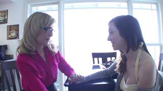 Luring In My Stepmom - Scene 3