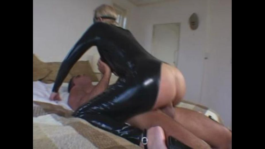 This Is A Latex Cat Burglar, produced by Relish Studios. Video Categories: Fetish and Big Tits.