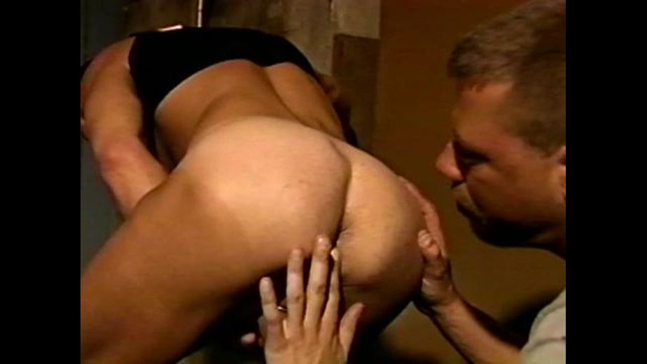 Back Alley Butt Munchers, produced by All Worlds Video and Channel 1 Releasing. Video Categories: Big Dick, Muscles and Safe Sex.